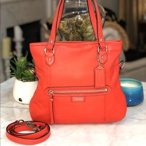 Coach Daisy Mia in cute Coral Leather good cond.😎